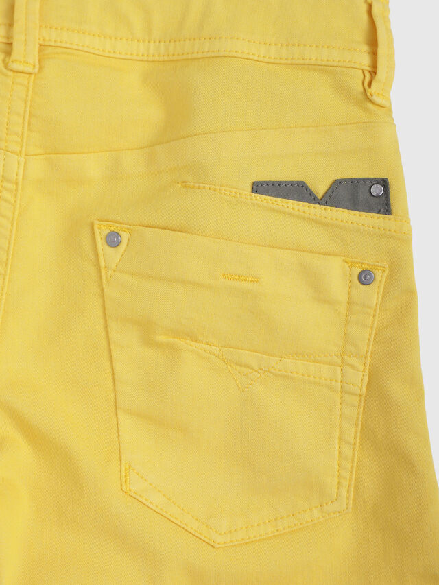 Diesel - DARRON-R-J SH-N, Yellow - Shorts - Image 3