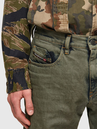 Diesel - D-Strukt 09A50, Military Green - Jeans - Image 4