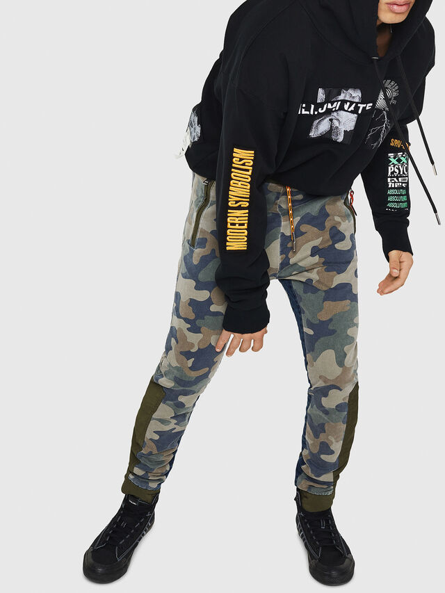 Diesel - D-Eeley JoggJeans 0GAUU, Green Camouflage - Jeans - Image 5