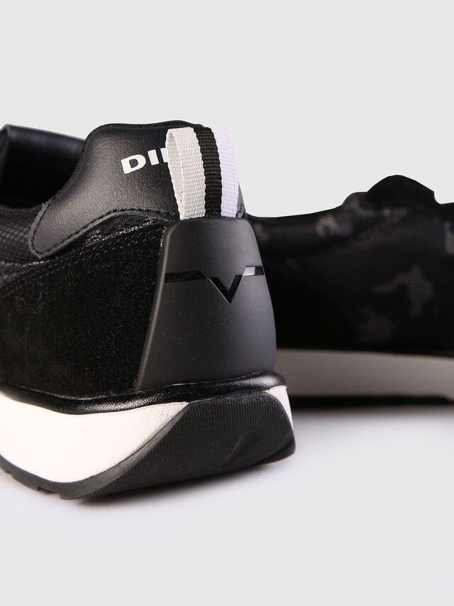 Diesel RV, Black - Sneakers - Image 4