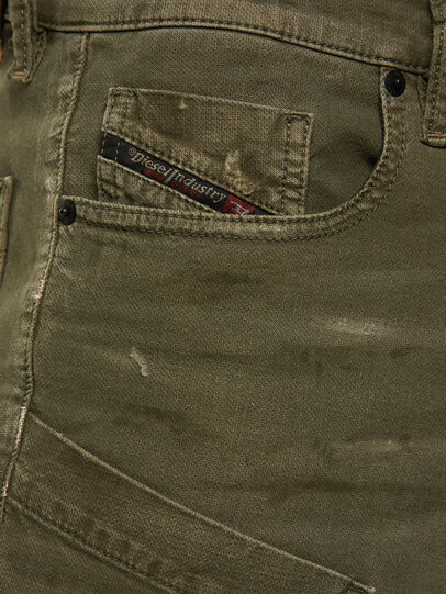 Diesel - D-Azzer JoggJeans 069NF, Military Green - Jeans - Image 3