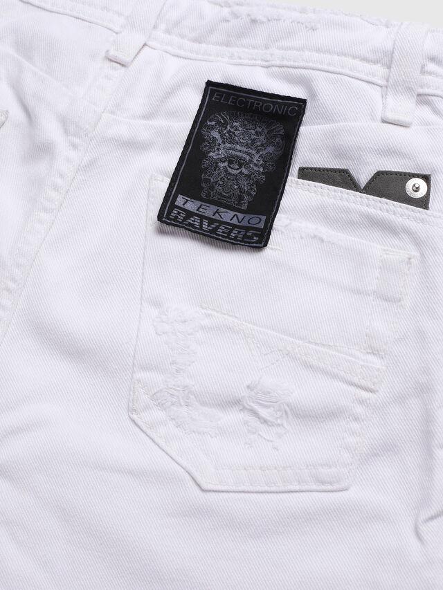 Diesel - DARRON-R-J SH-N, White - Shorts - Image 3