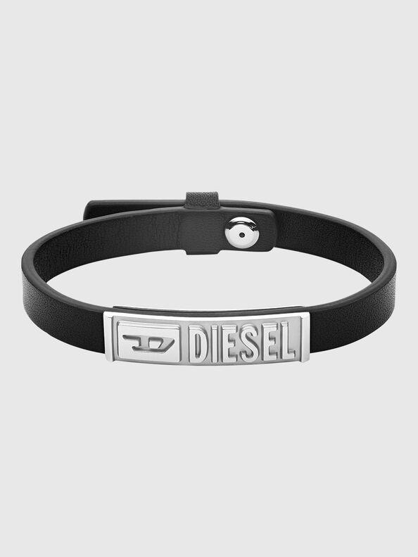 https://hu.diesel.com/dw/image/v2/BBLG_PRD/on/demandware.static/-/Sites-diesel-master-catalog/default/dw8c680519/images/large/DX1226_00DJW_01_O.jpg?sw=594&sh=792