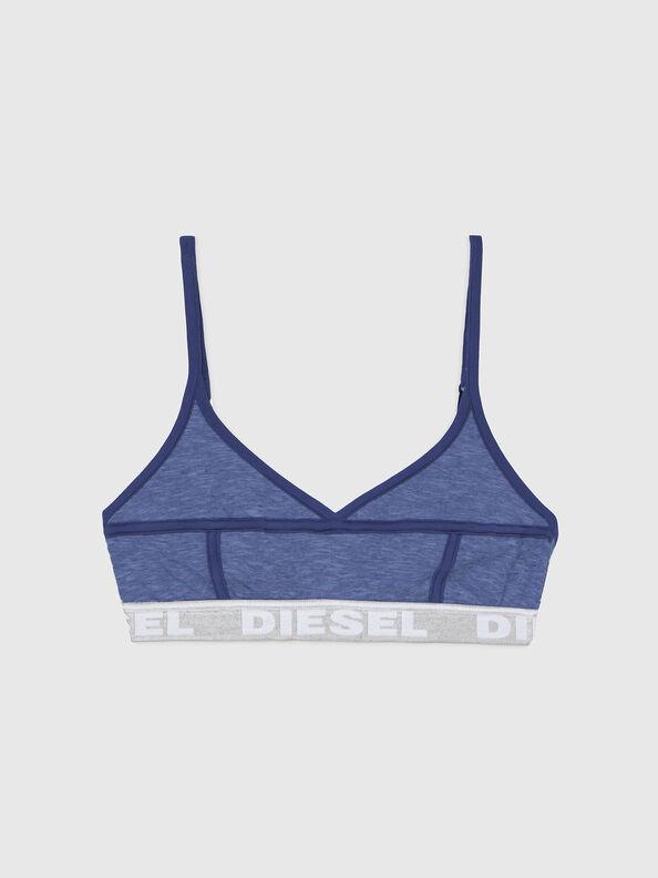 https://hu.diesel.com/dw/image/v2/BBLG_PRD/on/demandware.static/-/Sites-diesel-master-catalog/default/dw92037d20/images/large/A03195_0QCAY_8AR_O.jpg?sw=594&sh=792