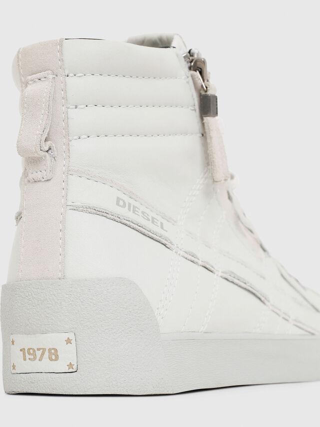 Diesel D-STRING PLUS, White - Sneakers - Image 4