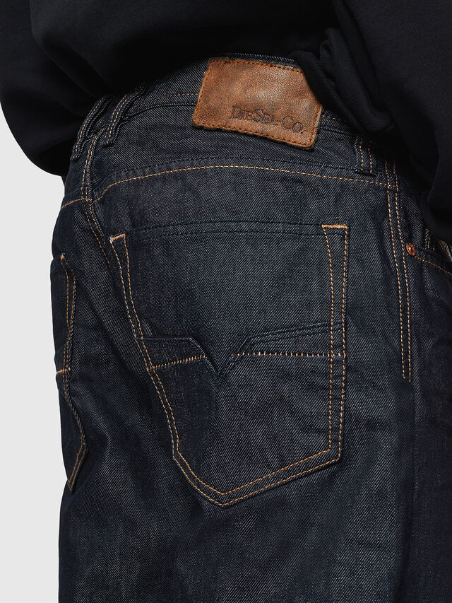 Diesel - Larkee-Relaxed 0088Z, Dark Blue - Jeans - Image 4