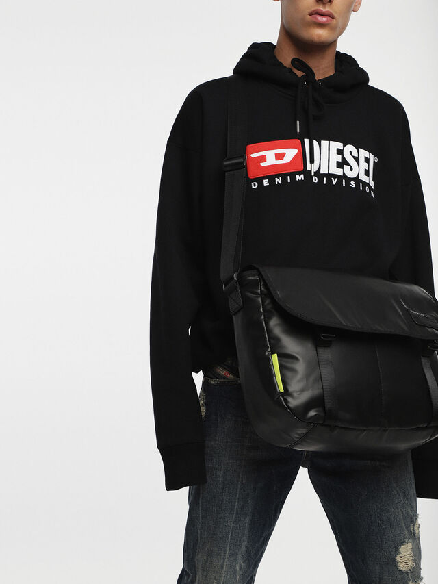 Diesel F-DISCOVER MESSENGER, Black - Crossbody Bags - Image 7