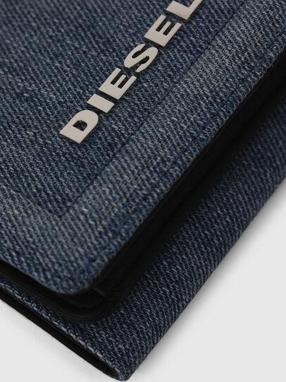 Diesel - LORETTA, Blue Jeans - Bijoux and Gadgets - Image 4